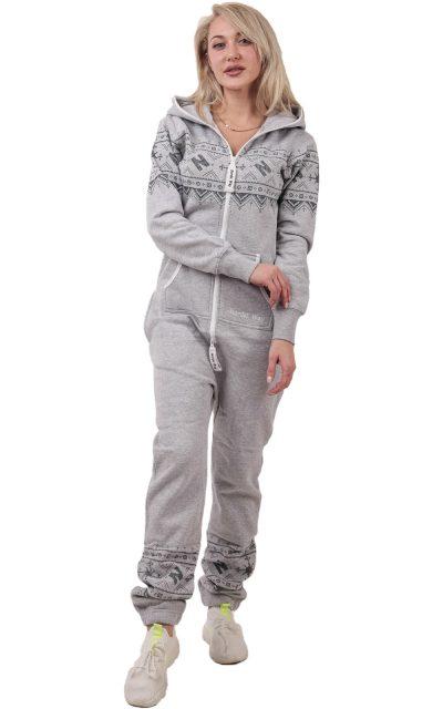 winter-print-gray-woman